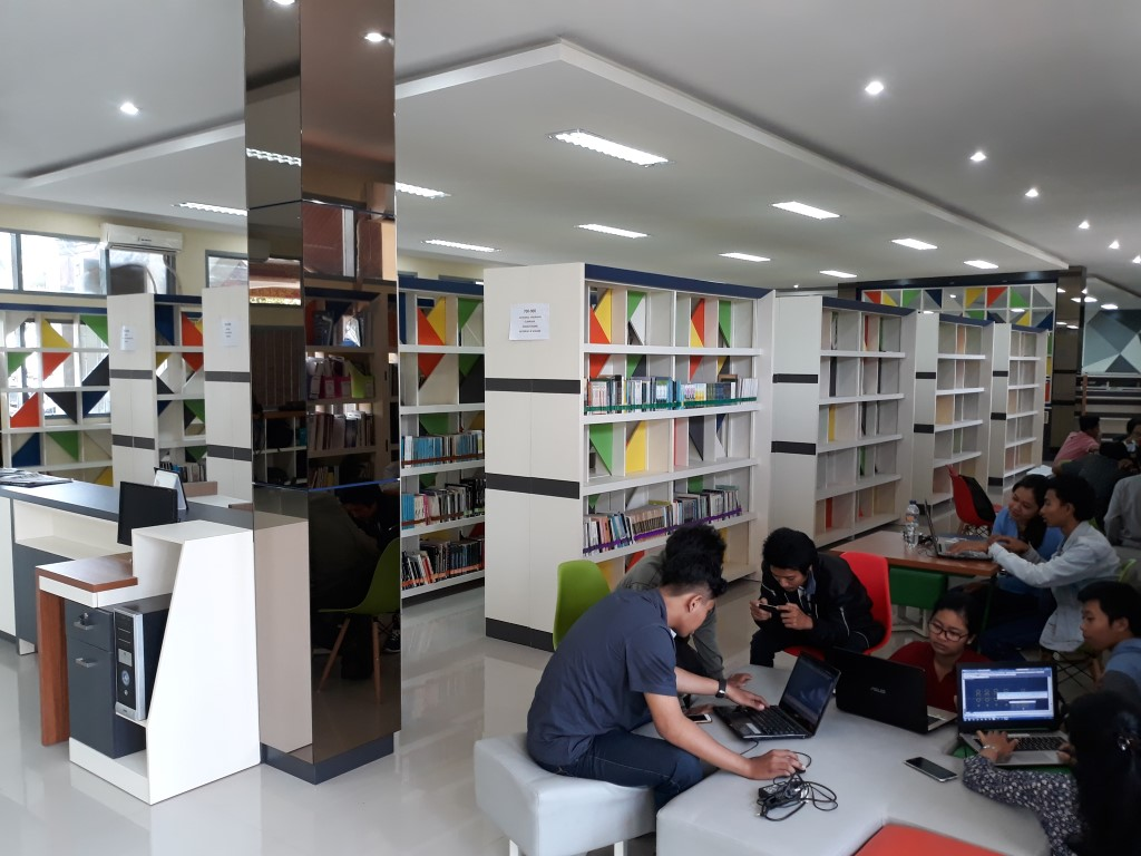 Perpustakaan Universitas Warmadewa